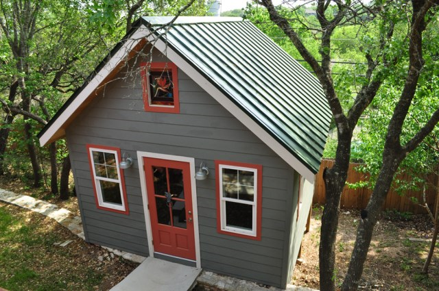 cottage House Design shape and color (7)