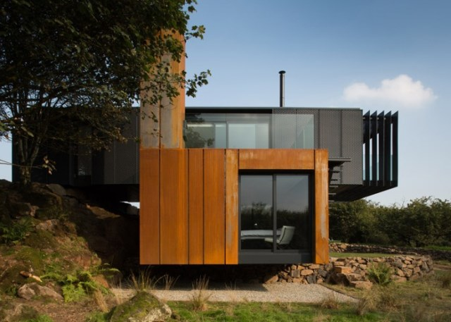 farmhouse villa shapes and materials from nature (1)