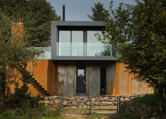 farmhouse villa shapes and materials from nature (7)