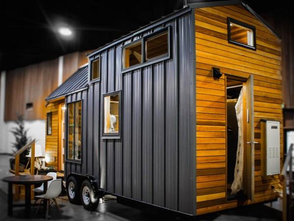 gorgeous-modern-tiny-home (1)
