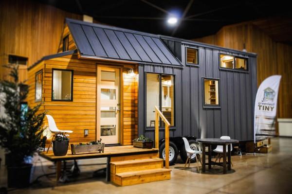 gorgeous-modern-tiny-home (2)