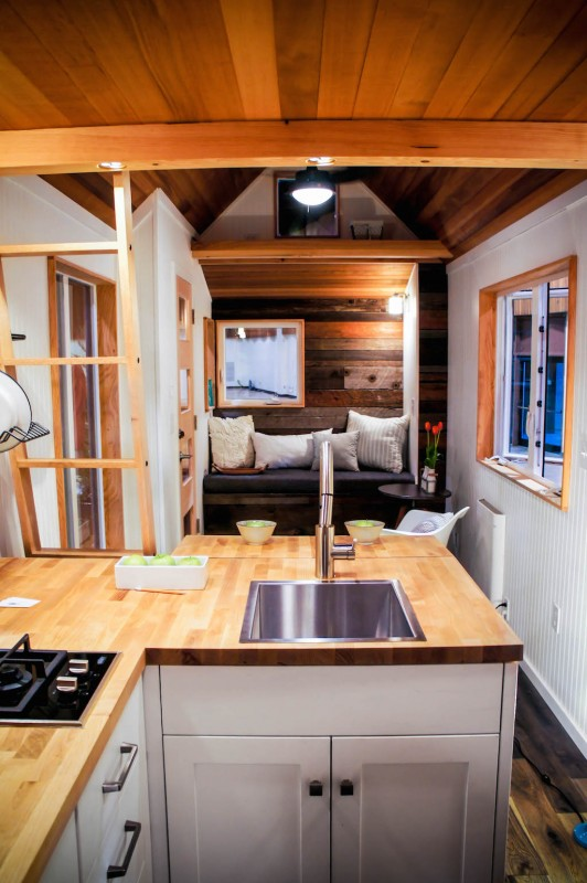 gorgeous-modern-tiny-home (4)