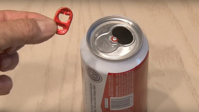 how-to-boost-wifi-signal-using-a-beer-can (2)