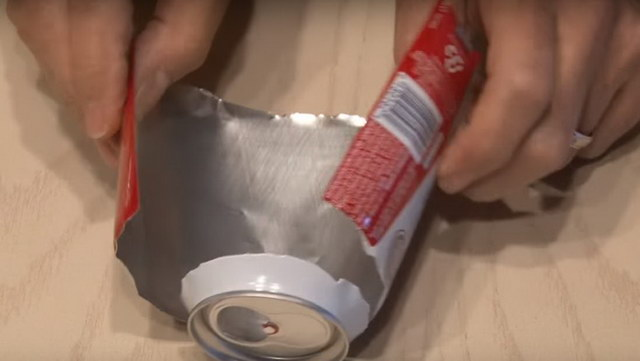 how-to-boost-wifi-signal-using-a-beer-can (7)