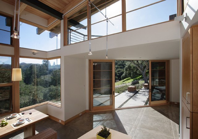 modern mountain house with greenroof (6)