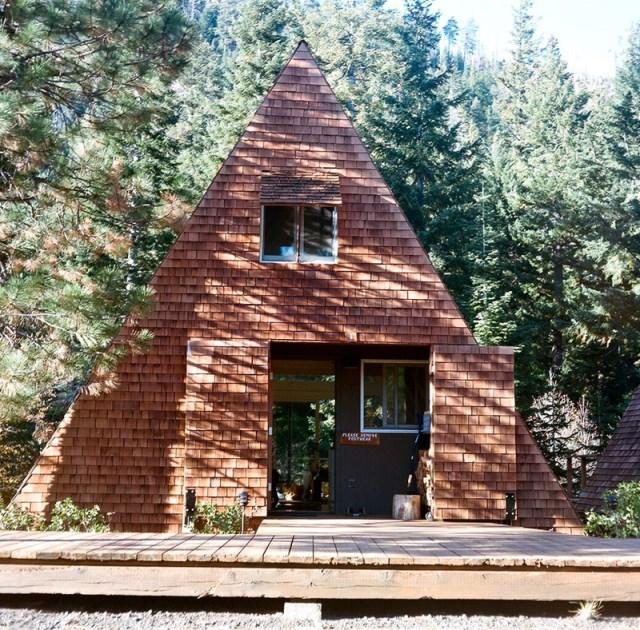 nature-triangle-house