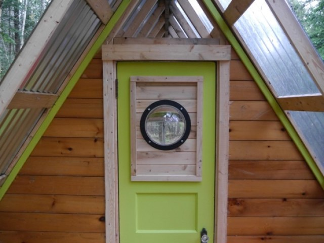 tiny cabin house (1)