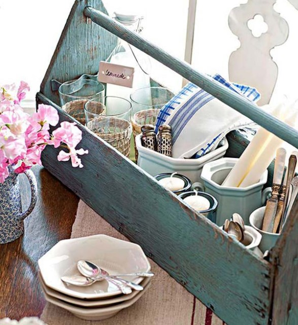 vintage-box-cutlery-organizer