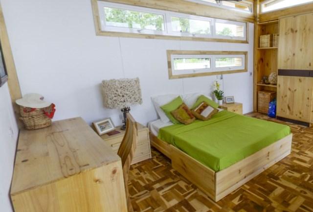 wooden Compact Modern Home (4)