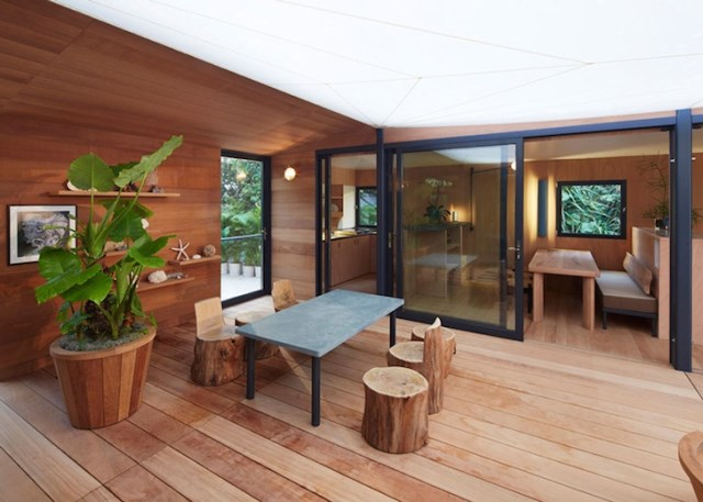 wooden beach villa house (1)