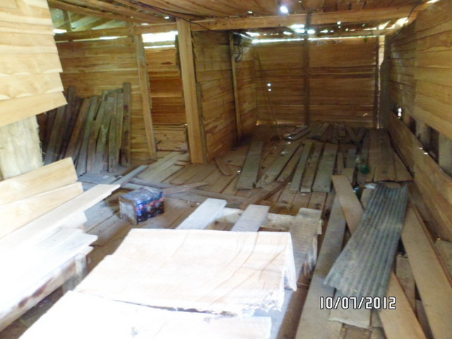 1 storey concrete wooden country house review (10)