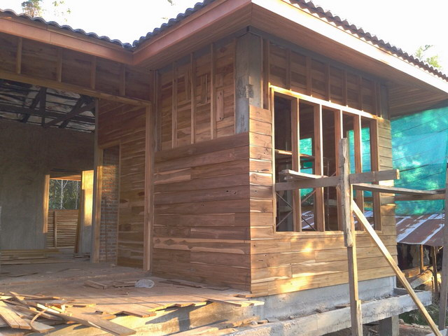 1 storey concrete wooden country house review (34)