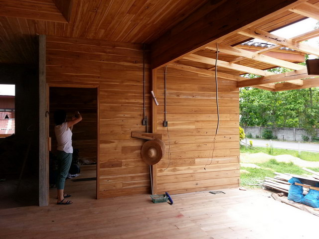 1 storey concrete wooden country house review (47)