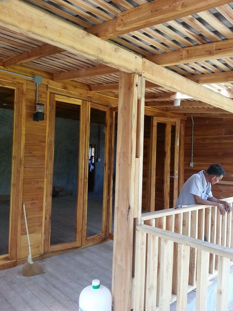 1 storey concrete wooden country house review (49)