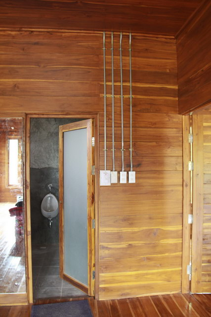 1 storey concrete wooden country house review (79)