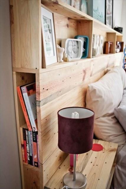 10-small-bedroom-with-headboard-storage-ideas (1)