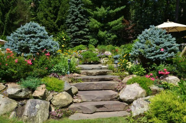 16-beautiful-courtyards-with-stone-stairs (7)