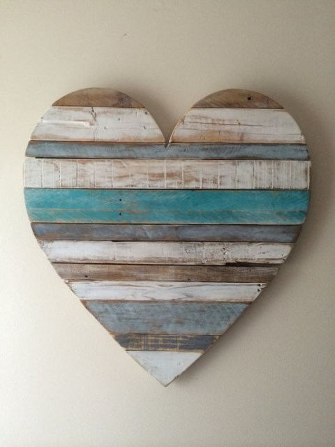 17 wall-decorations-made-of-reclaimed-wood (4)
