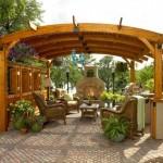 """18 ไอเดีย """"ซุ้มบังแดดสไตล์โมเดิร์น"""" ให้สวนหลังบ้าน สวยเนี้ยบขึ้นไปอีกระดับ"""