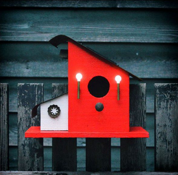 19-diy-birdhouse-designs (10)