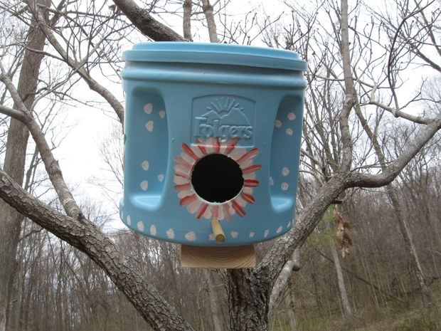 19-diy-birdhouse-designs (9)