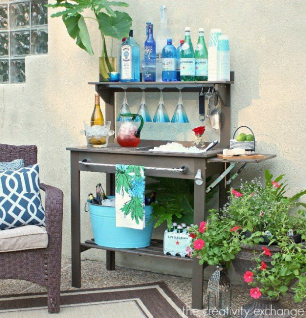 19-super-easy-cheap-diy-outdoor-bar-ideas (1)