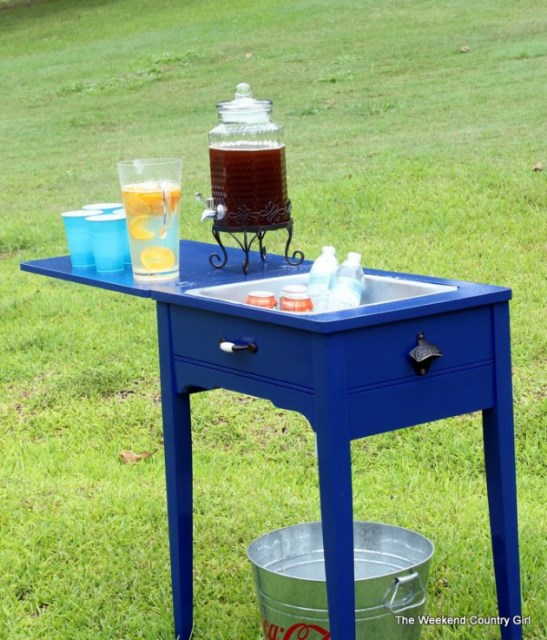 19-super-easy-cheap-diy-outdoor-bar-ideas (13)