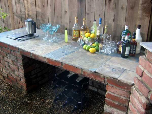19-super-easy-cheap-diy-outdoor-bar-ideas (5)