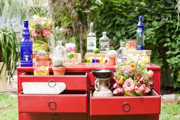 19-super-easy-cheap-diy-outdoor-bar-ideas (9)