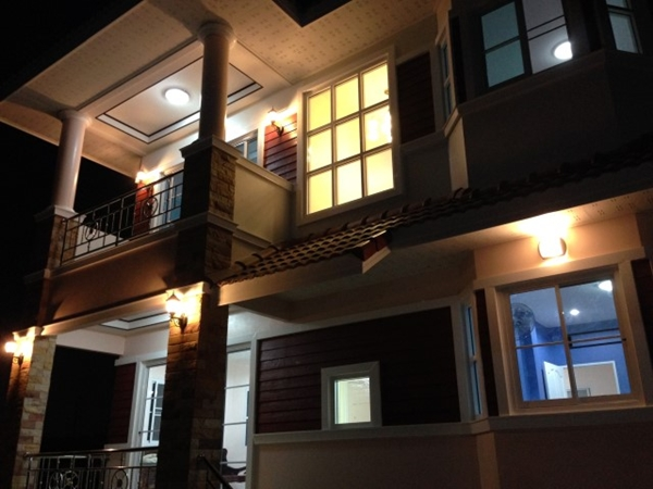 2 storey bkk contemporary house review (87)