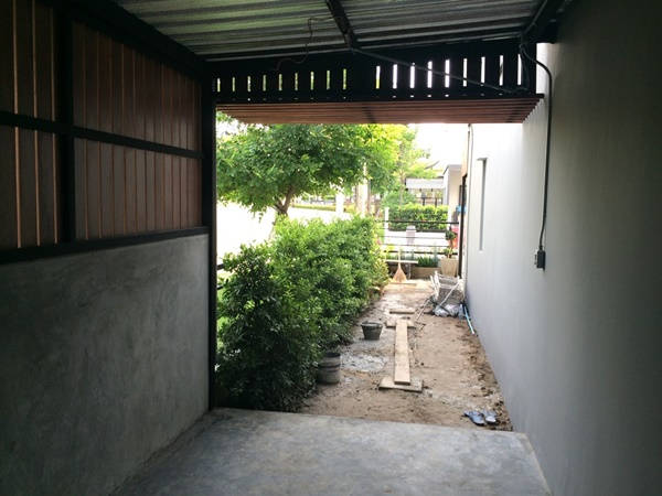 2.4x5 townhome concrete kitchen review (14)