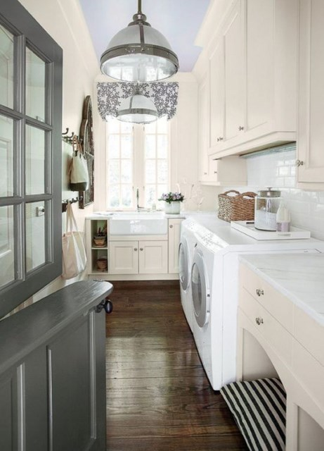 20-cool-laundry-room-for-pet-lovers (2)