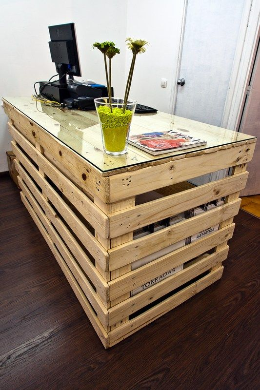 20 diy pallet furniture (12)