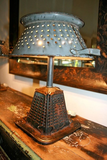 20-ideas-to-make-recycled-lamps-from-old-items (6)