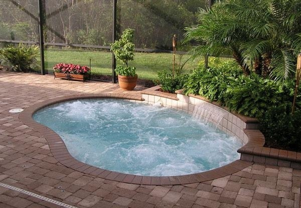 20 small swimming pool ideas (19)