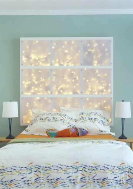 22 diy-string-lights-in-the-bedroom (15)