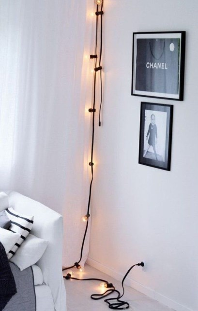 22 diy-string-lights-in-the-bedroom (17)