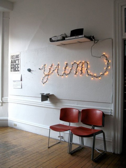 22 diy-string-lights-in-the-bedroom (19)