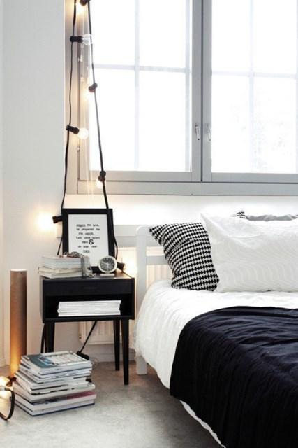 22 diy-string-lights-in-the-bedroom (2)
