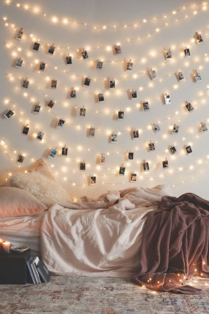 22 diy-string-lights-in-the-bedroom (7)