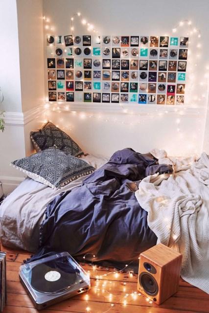 22 diy-string-lights-in-the-bedroom (9)