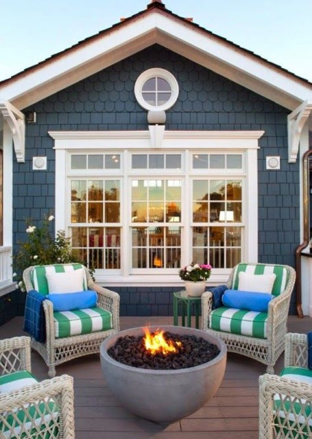 22-outdoor-fire-pits-for-cozy-backyar (13)