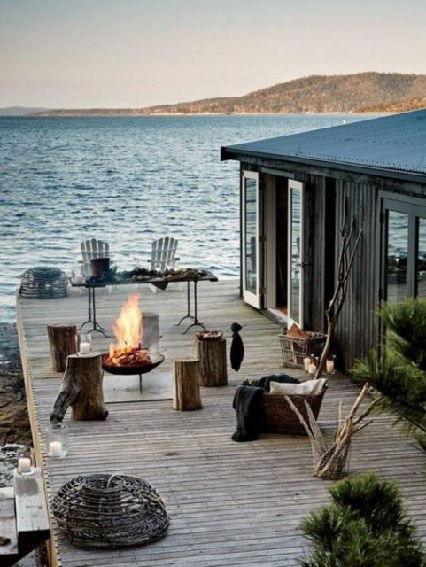 22-outdoor-fire-pits-for-cozy-backyar (14)