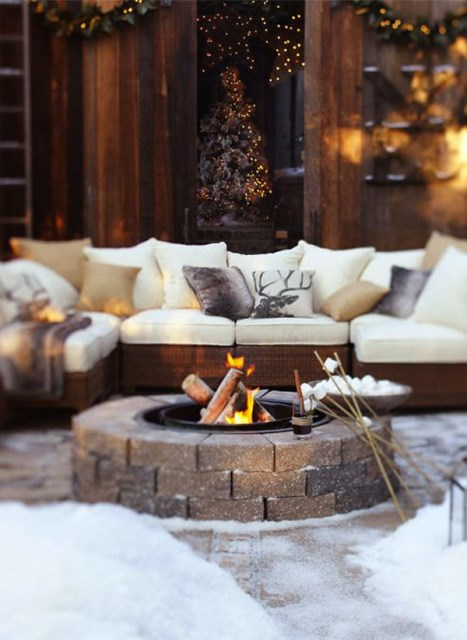 22-outdoor-fire-pits-for-cozy-backyar (16)