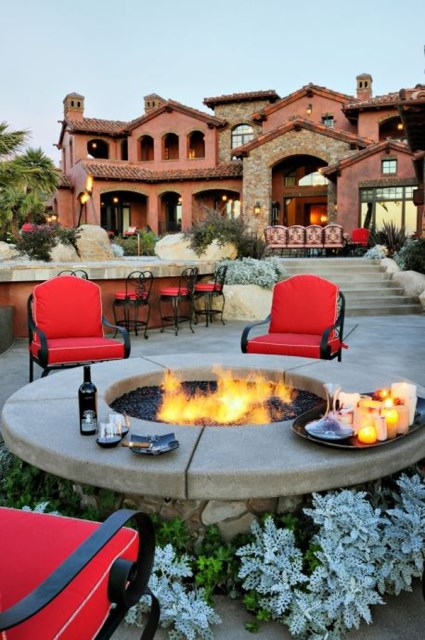 22-outdoor-fire-pits-for-cozy-backyar (20)