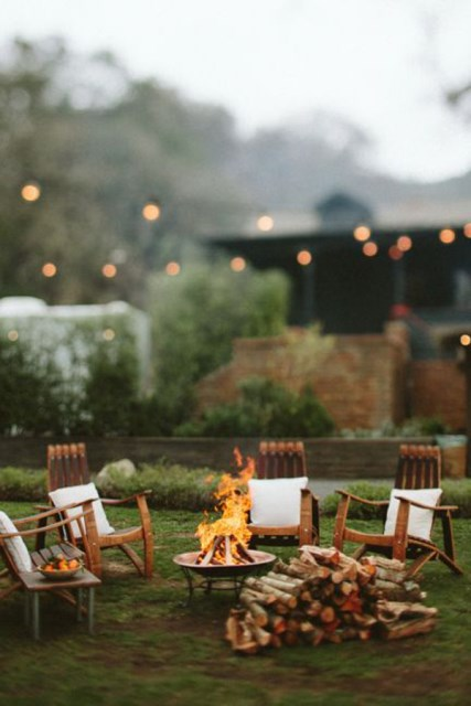 22-outdoor-fire-pits-for-cozy-backyar (21)