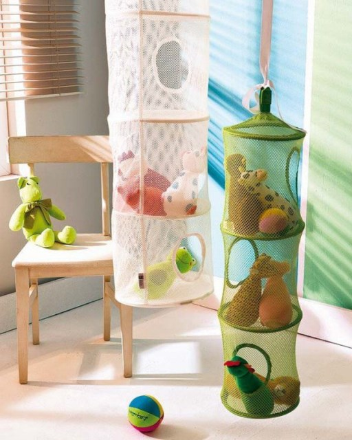 22 surprisingly diy-ideas-to-store-the-toys-for-kids (10)