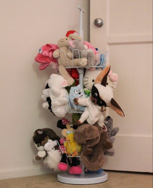 22 surprisingly diy-ideas-to-store-the-toys-for-kids (14)