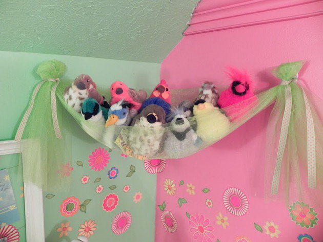 22 surprisingly diy-ideas-to-store-the-toys-for-kids (18)