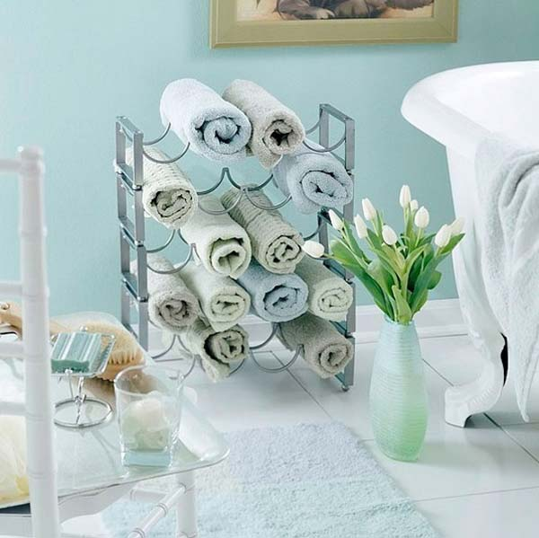 24 most easiest diy storage idea small bathroom (16)